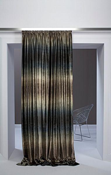 Moderní bytový textil tmavý se světlým žíháním