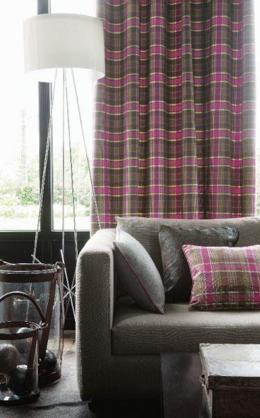 Moderní bytový textil s károvaným vzorem