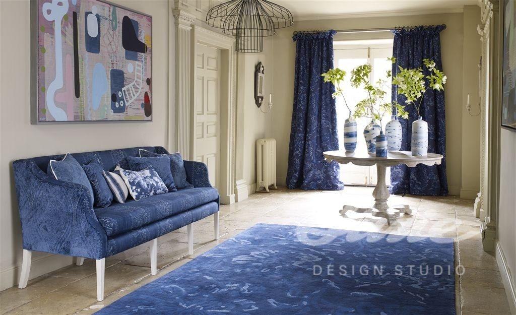 Moderní bytový textil v odstínech modré