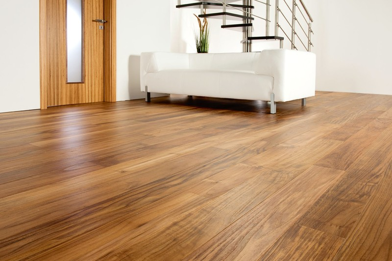 Dřevěná podlaha v přírodní barvě 3