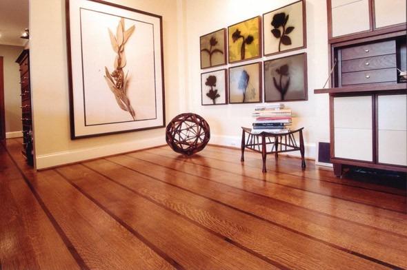 Dřevěná podlaha v přírodní barvě 1