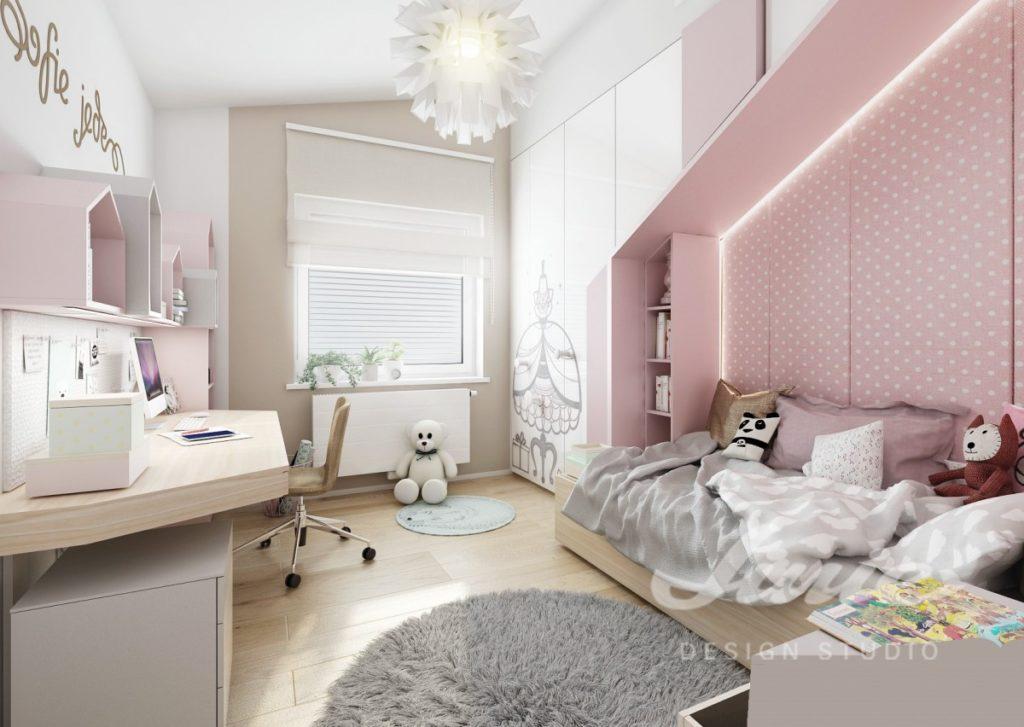 Moderní dětský pokoj ve světlém provedení s pastelově růžovými detaily