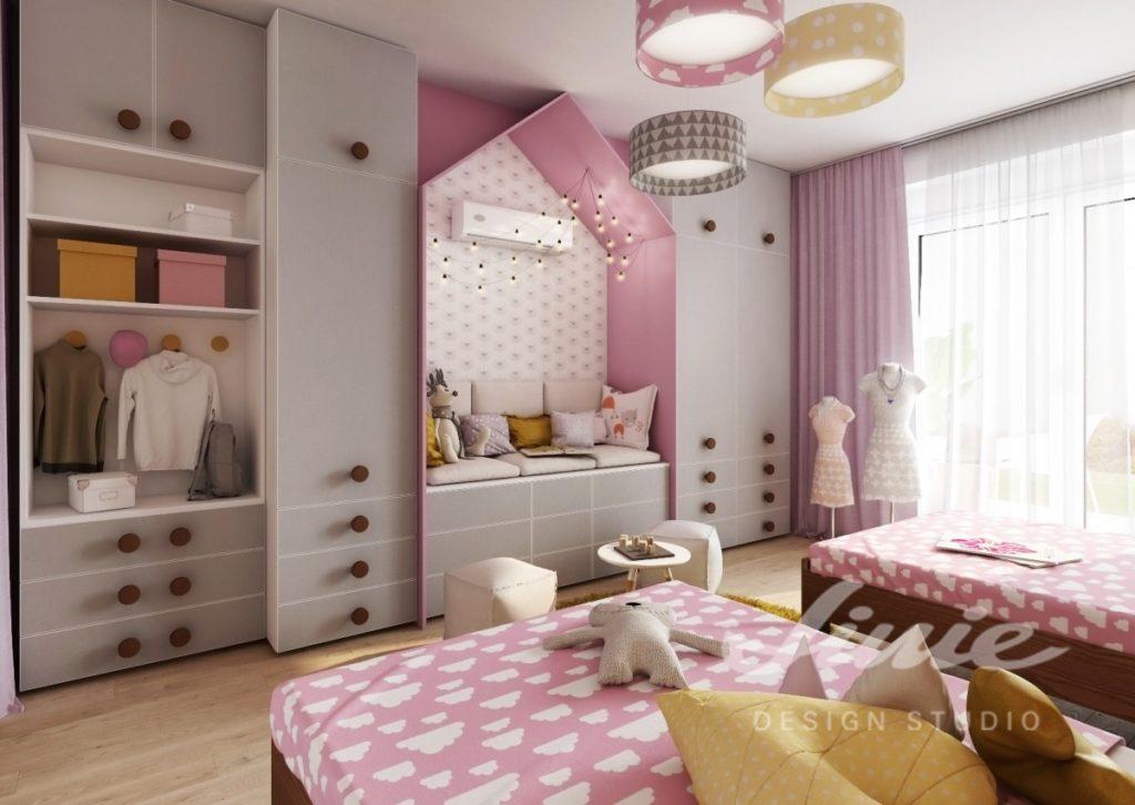 Moderní dívčí pokoj pro dvojčata s růžovými odstíny