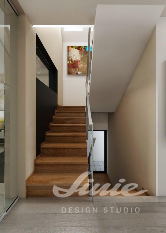 Moderní hala s dřevěným schodištěm