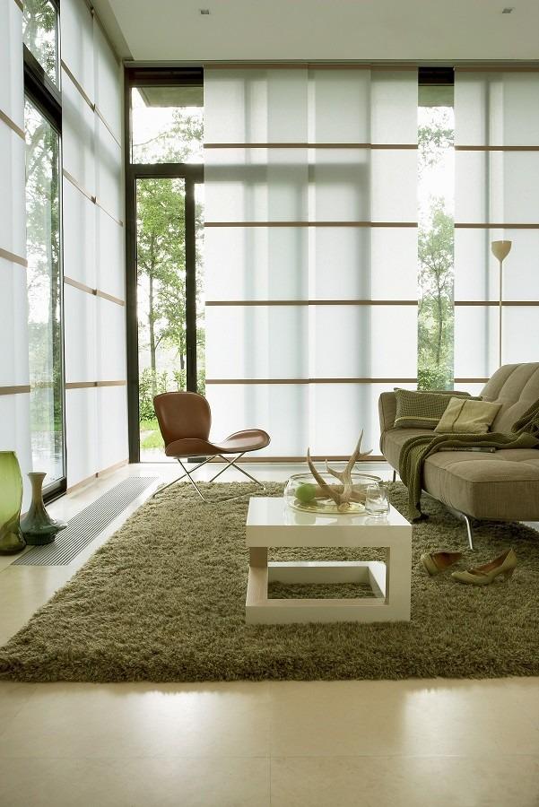 Japonské posuvné stěny v obývacím pokoji