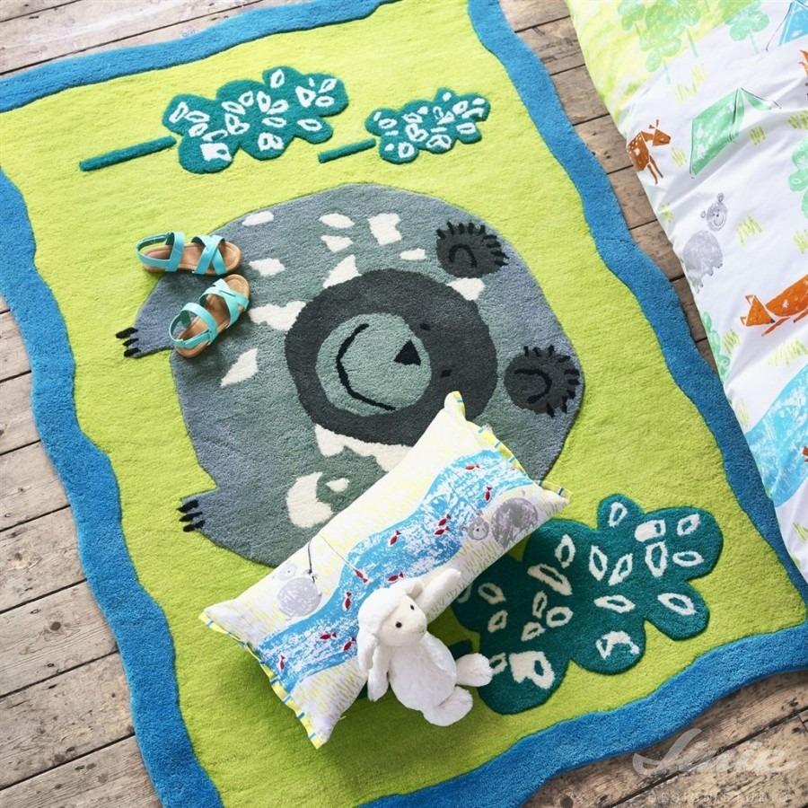 Dětský kusový koberec s barevným motivem medvěda