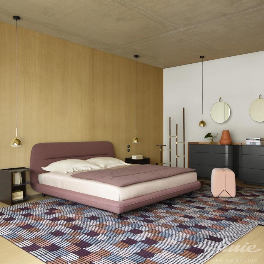 kusový kostkovaný koberec do ložnice