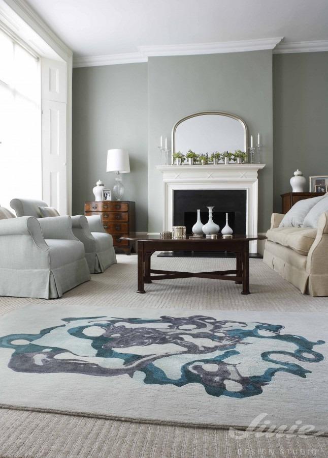 Interiérový kusový koberec s abstraktním motivem