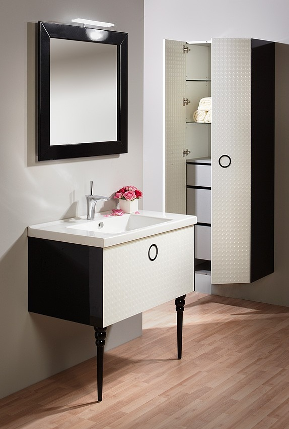 Koupelnový nábytek 4