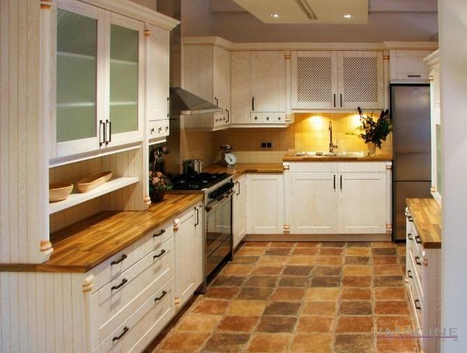 Kuchyňský nábytek 37