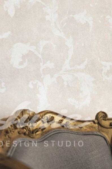 Inspirace pro ložnice v luxusním stylu s vzorovanou tapetou