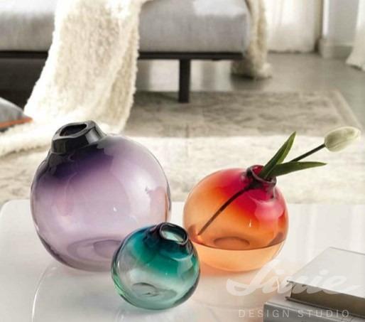 designové moderní skleněné vázy barevné
