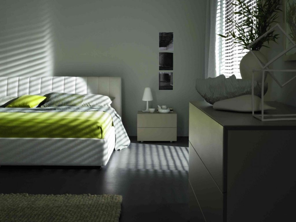 Nábytek do ložnice 129