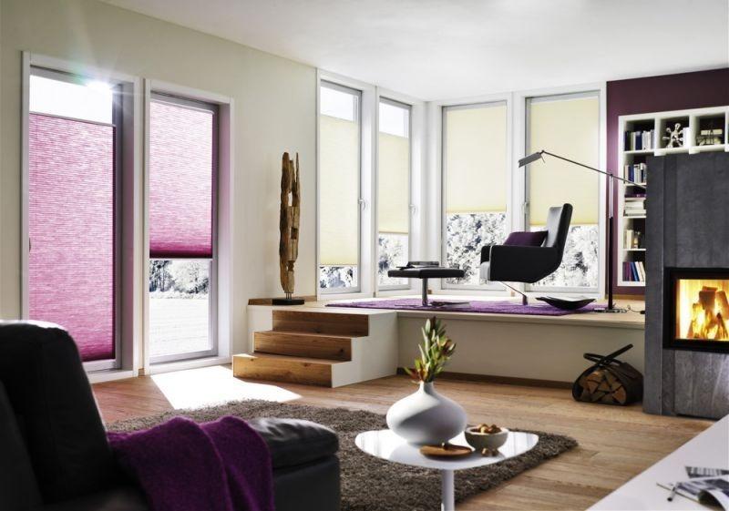 Stínící technika interiéru ve fialové barvě