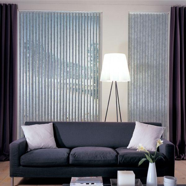 Stínící technika interiéru ve světle modrém odstínu