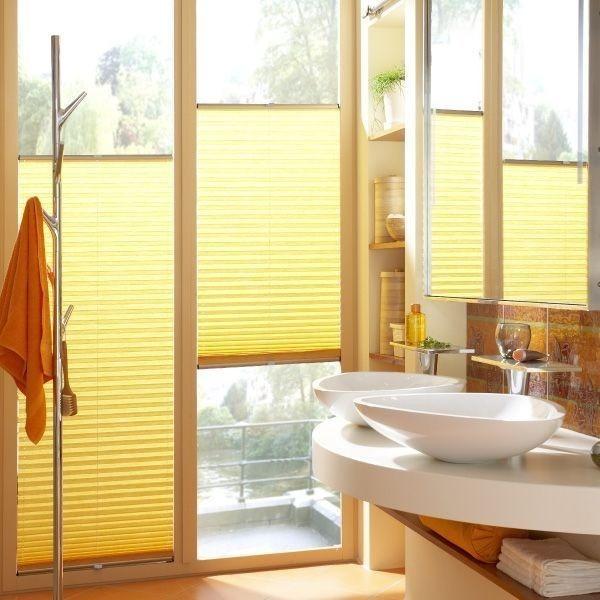 Stínící technika interiéru jasně žluté barvy