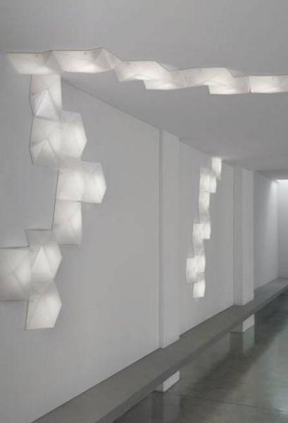 Moderní interiérové osvětlení v bílé barvě