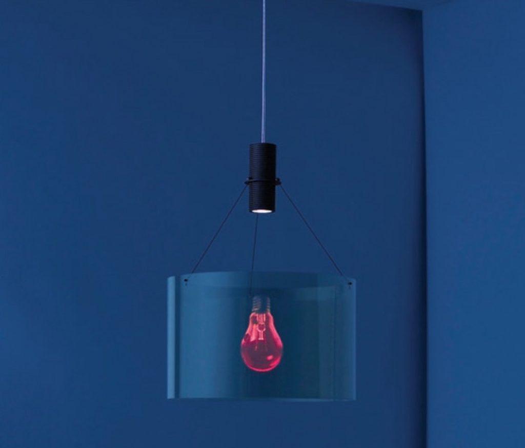 Moderní stropní osvětlení atypického designu