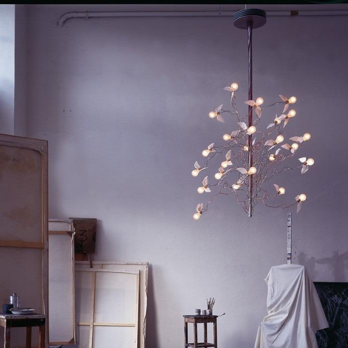 Stropní svítidlo v romantickém designu