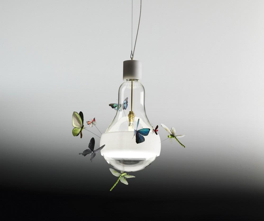 Moderní stropní svítidlo s ozdobými motýly