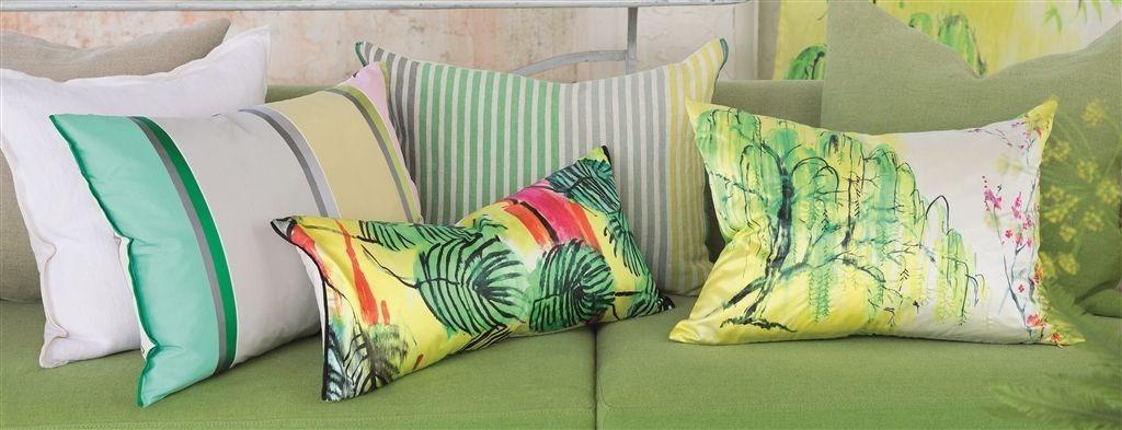 Dekorační polštářky s přírodním motivem v zelených odstínech