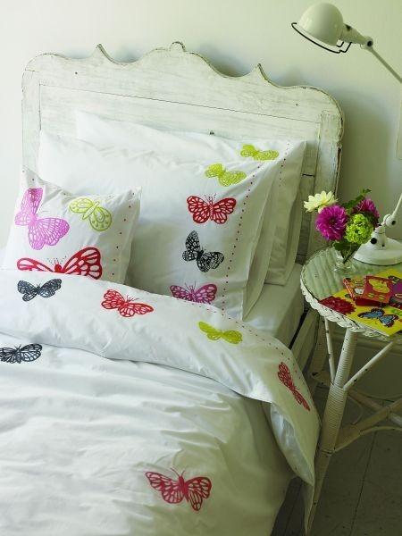 Povlečení na manželskou postel se vzorem motýlů