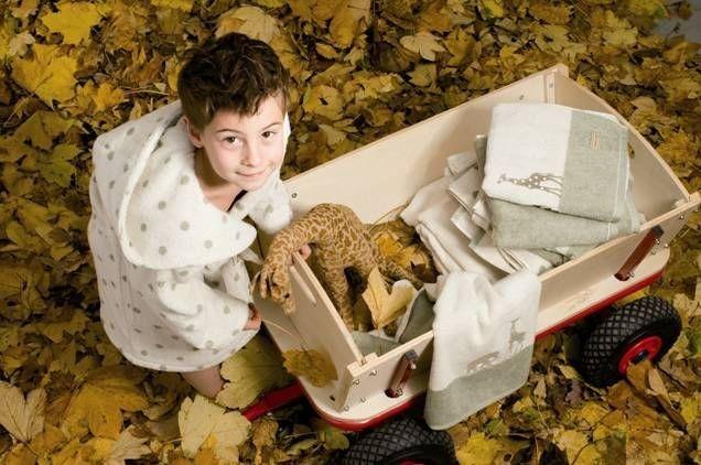 Souprava ručníků s dětským neutrálním motivem
