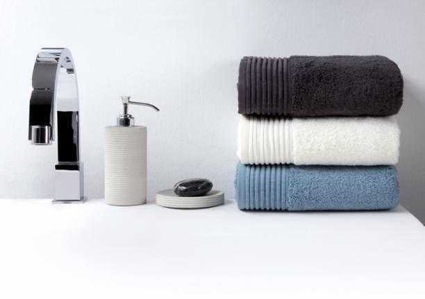 Souprava barevných ručníků v tlumených barvách