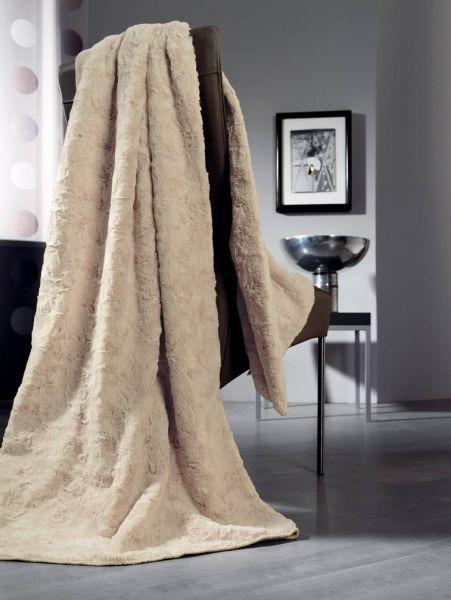 luxusní kožešinová deka bílá