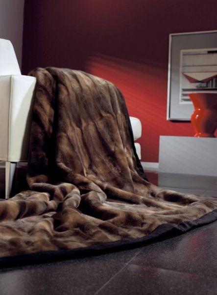 kožešinová deka hnědá