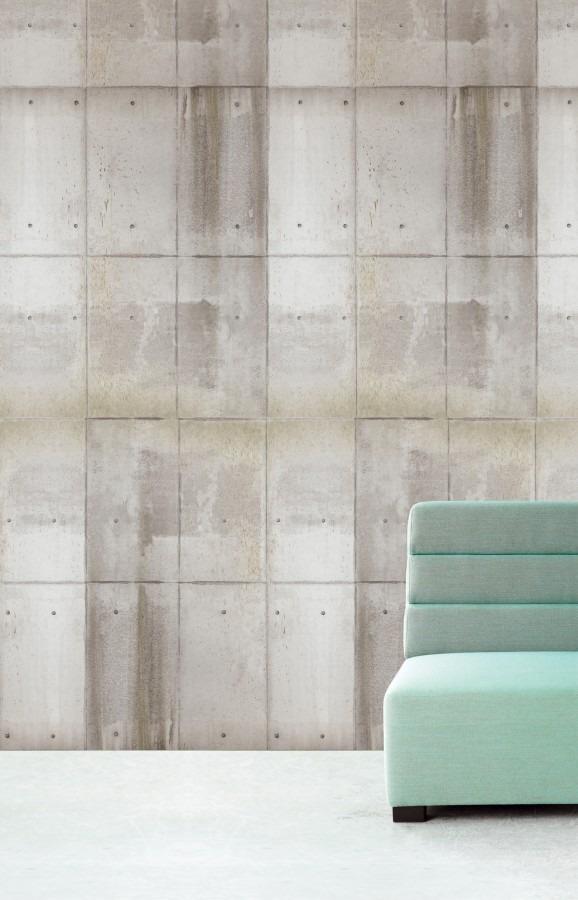 Nástěnná tapeta béžových panelů, světlá pohovka