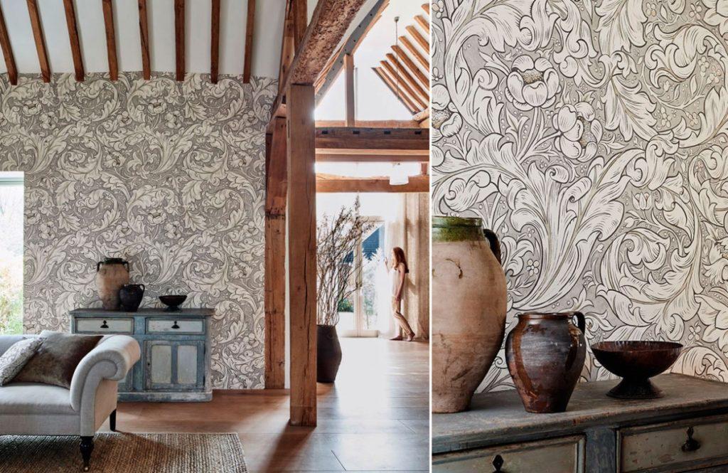 Nástěnná tapeta s květinovými vzory v obývacím pokoji