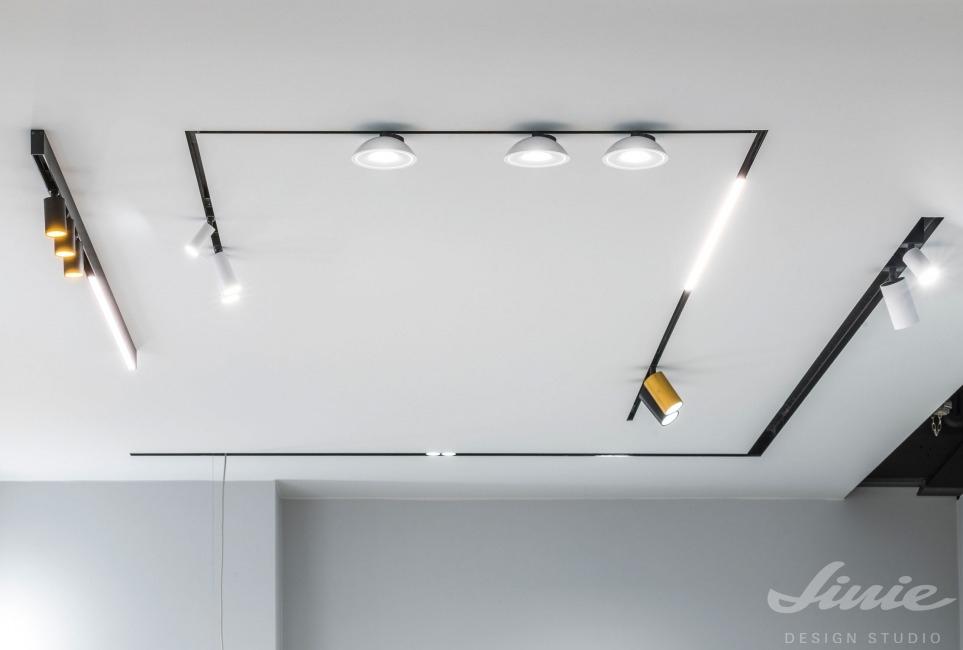 liniové osvětlení v kolejnicích deltalight