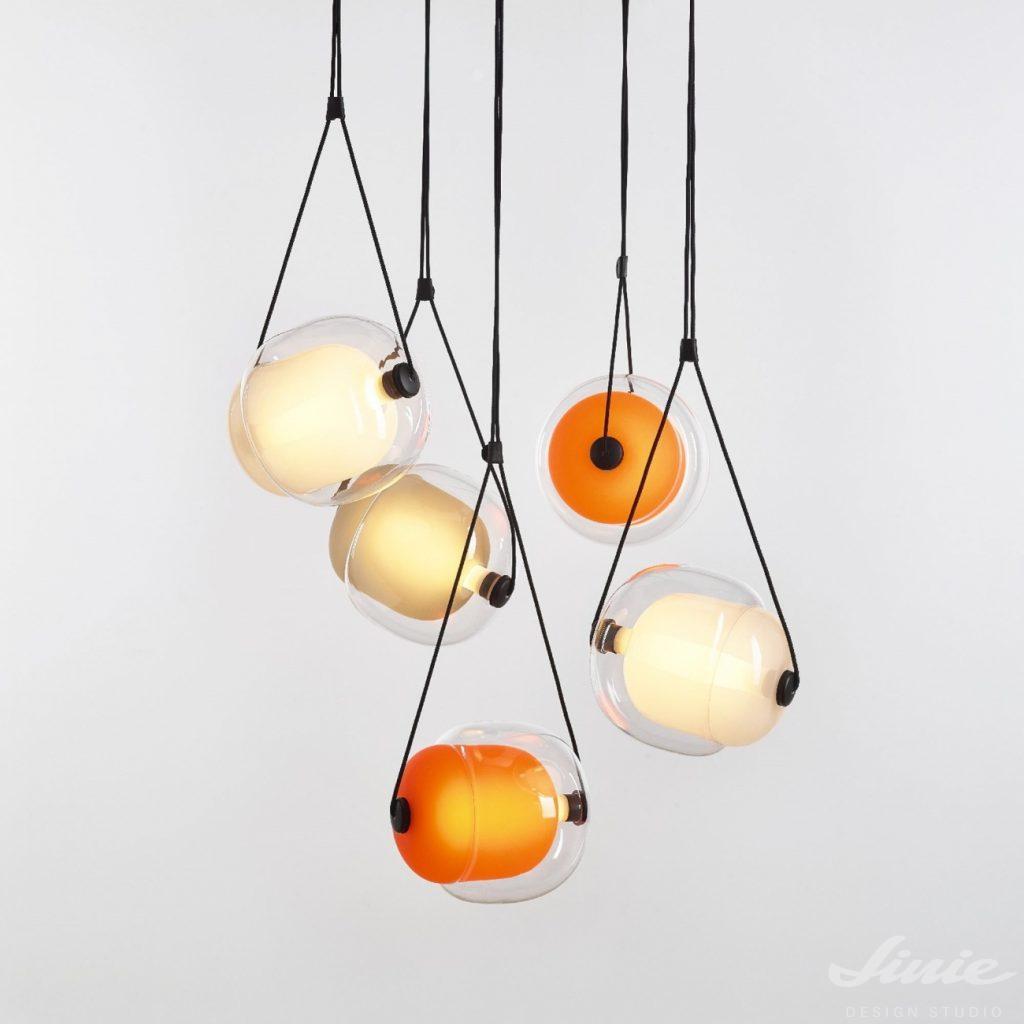 brokis capsula lamp závěsné světlo skleněné oranžové
