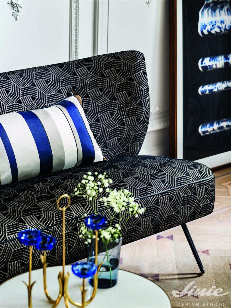 čalounická látka tmavě modrá na křeslo camengo grand hotel