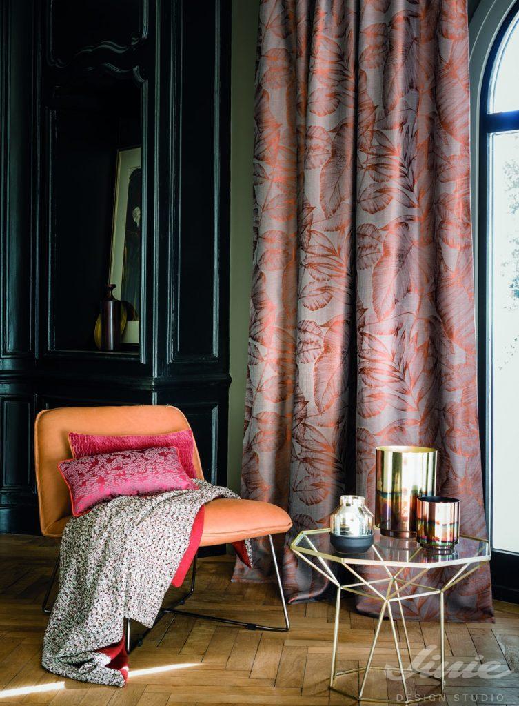 luxusní závěsy s oranžovým vzorem casamance jardinneroli