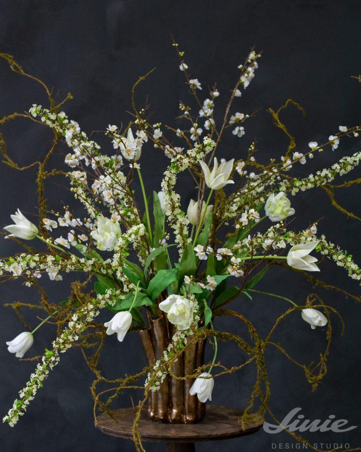 květinové aranžmá bílé tulipány silk-ka