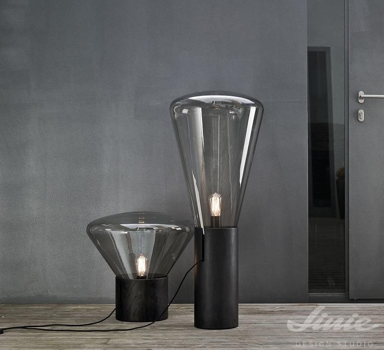 brokis muffing black černé stojací lampy se dřevem