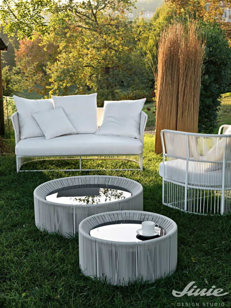 bílý zahradní nábytek tibidabo